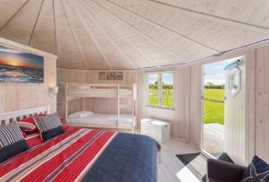 Coastal Cabins, glamping at its finest in North Devon by the coast