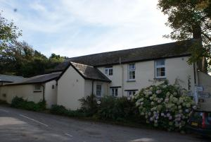 The Bear external View, Stoke Hartland Peninsula