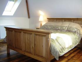 The king bedroom, the Stable, Pattard Barn Conversions, Hartland, North Devon