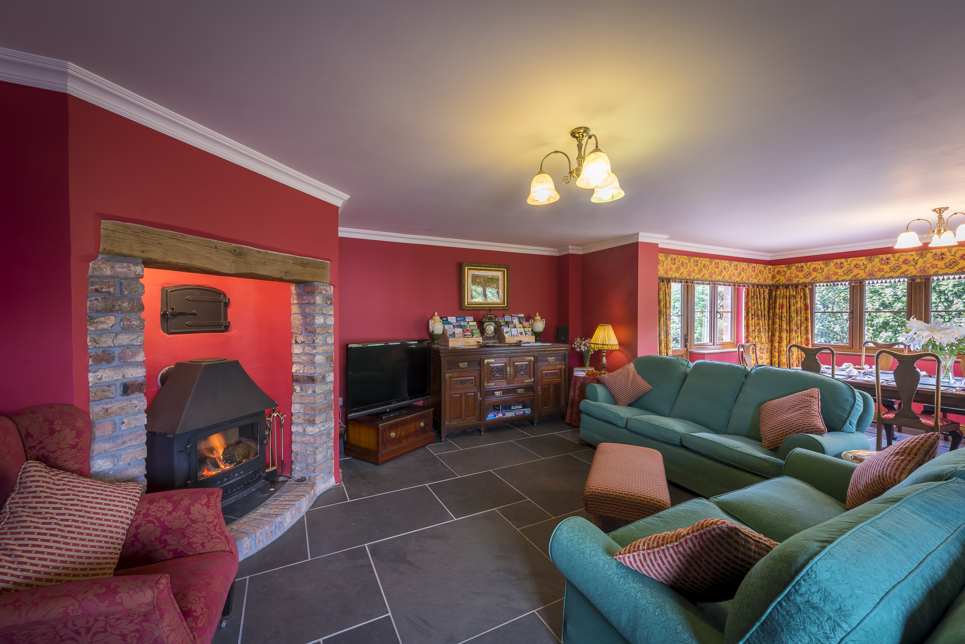 The lounge at Copps Castle Bed and Breakfast, Hartland, North Devon
