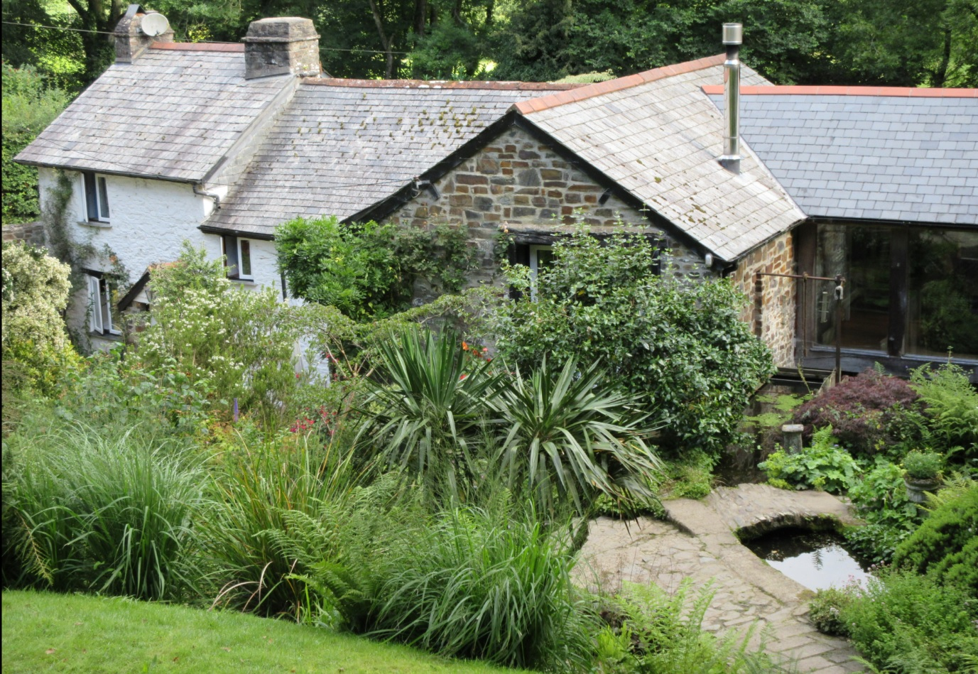 Award winning Docton Mill Gardens and Tearoom