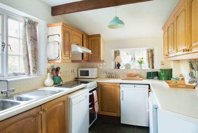 Philham Water Holiday Cottage Hartland North Devon - kitchen with sensitively added modern appliances