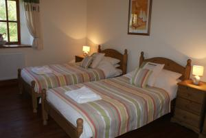 The triple room at Great Philham House Holiday Cottage, Hartland, North Devon