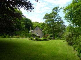 The garden at Hartland Mill B&B, wonderful bed and breakfast in North Devon