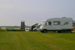 Plenty of space at Stoke Barton Caravan & Camping site, Hart