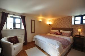Week St Mary Barn bedroom, Southole Barns, Hartland, North Devon
